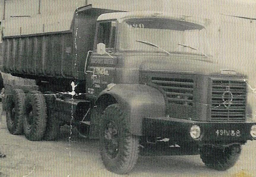 Berliet-GLM-12-6X4-S--1973-(2)