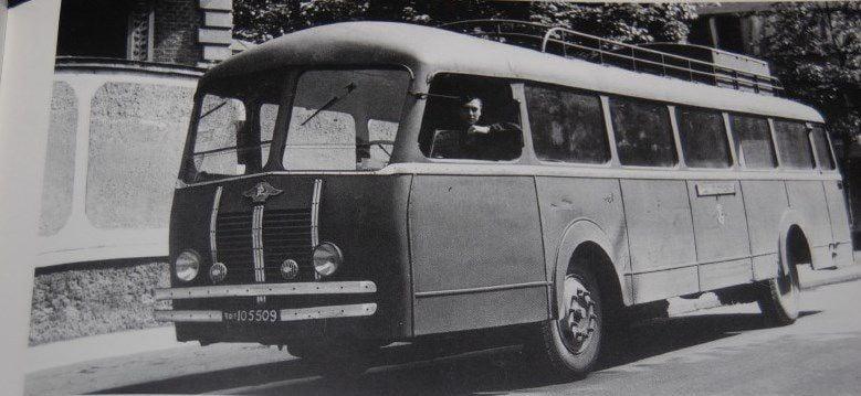 Chausson-modele-AP1-ou-APE-moteur-Panhard