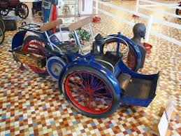 1898-Leon-Bollee-Tricycle-car