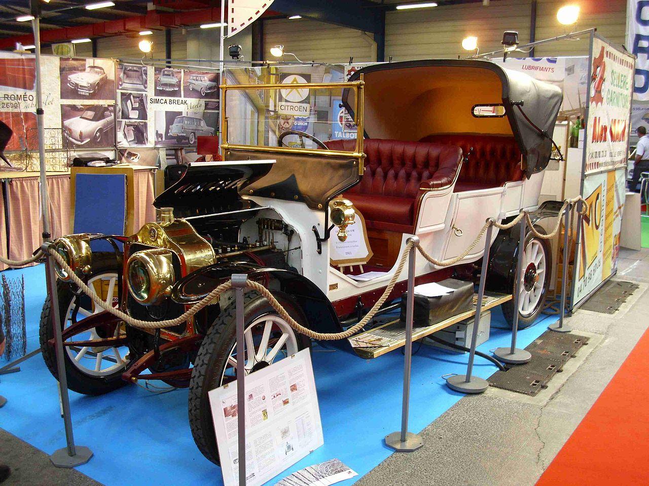 1911-Delaugere-Clayette-10-CV-4M-torpedo-met-Victoria-dak-en-Monobloc-motor