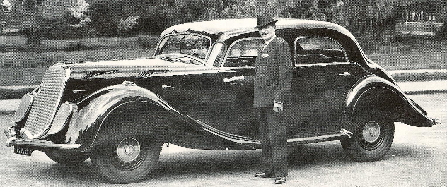 1937--Auch-die-Karosserie-des-Panhard-Levassor-Dynamic-entstand-bei-Delaugere-Clayette
