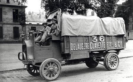 1907-camion-delaugere-et-clayette