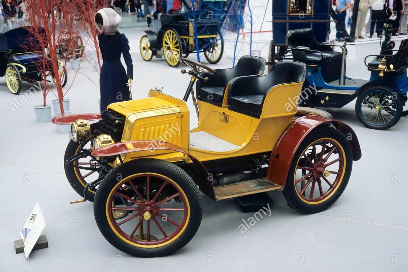 1901-luc-court-racer-type-coach