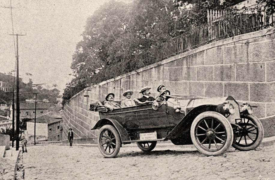 1912-Luc_Court_in_Rio_de_Janeiro--Klimtest-van-35--graden-in-de-wijk-Santa-Teresa