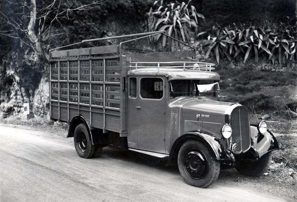 1935-camion-type-MC-plantation-en-Algerie