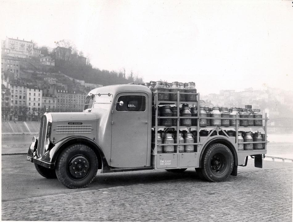 1936-camion-de-ramassage-du-lait