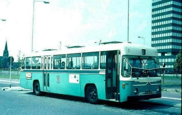 De-City-116
