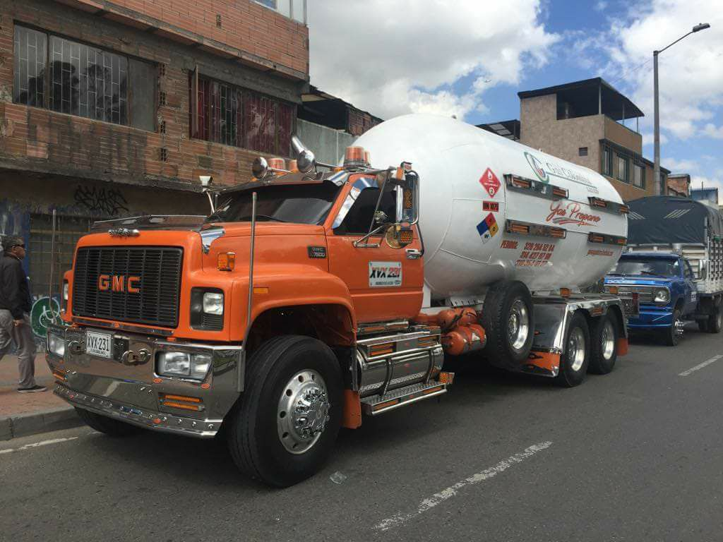 GMC--Tanker
