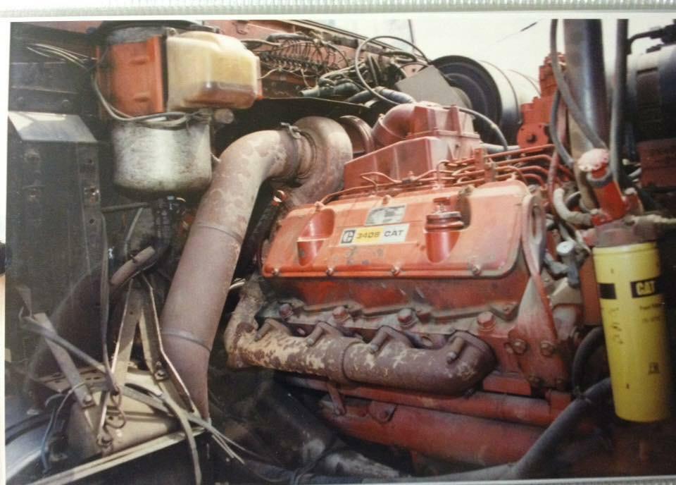 International-4300-motor-carterpilar-3408-2