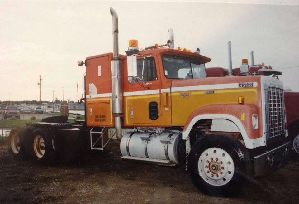 International-4300-motor-carterpilar-3408-3