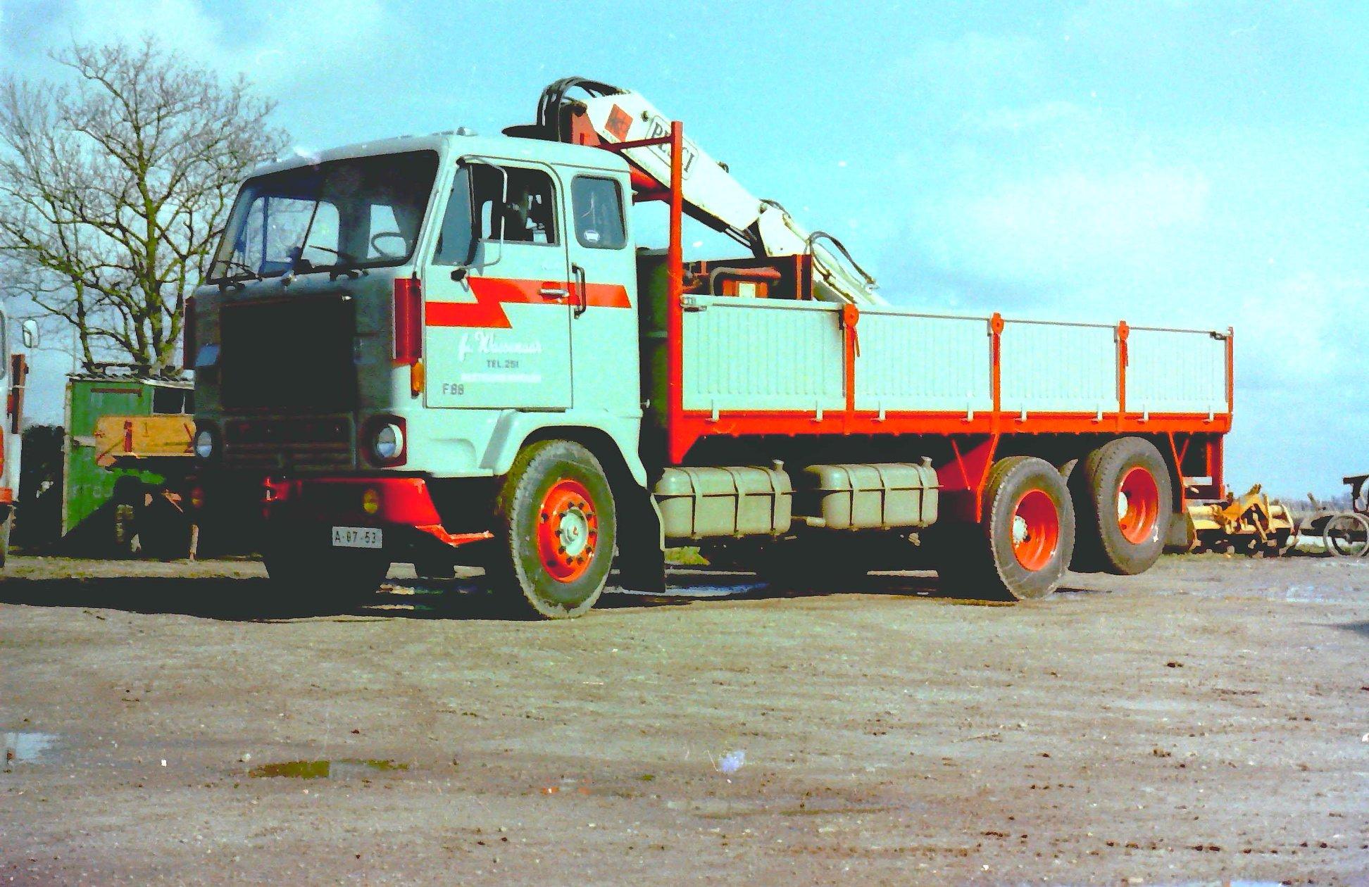 2-vrachtautos-van-Wassenaar-in-Beetgumermolen-gemaakt-voor-de-oude-loods-in-Beetgumermolen--fotos-door-mij-gemaakt-Lolle-1