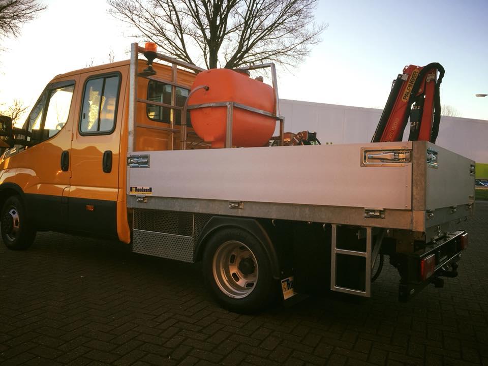 Gemeente-Ameland--Iveco-Daily-met-Palfinger-PC-1500--3