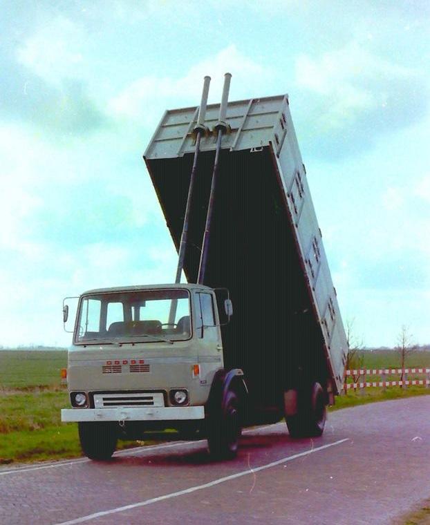 Deze-bulkauto-is-gebouwd-door-Rondaan-1