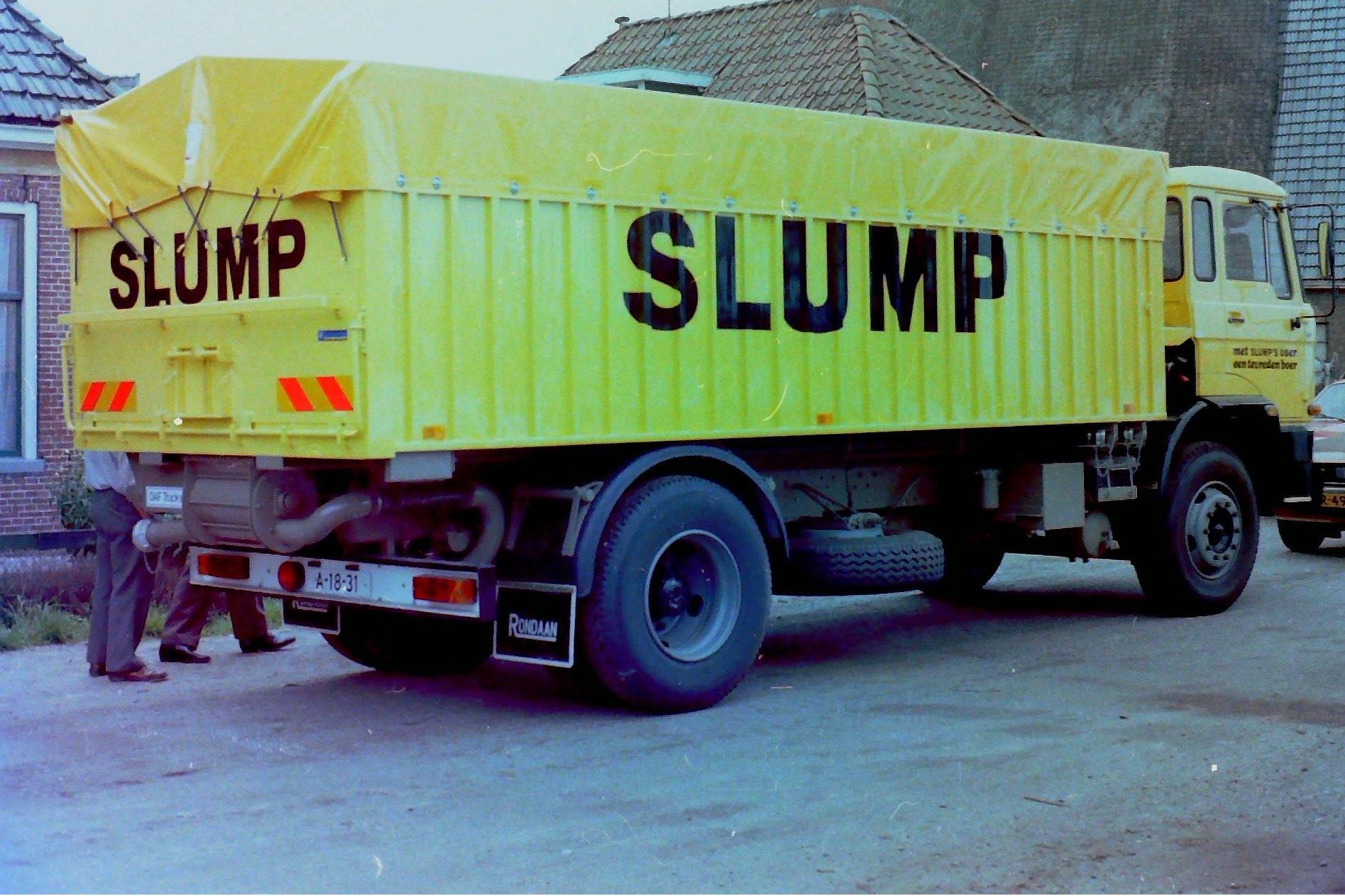 Deze-bulkauto-is-gebouwd-door-Rondaan-voor-veevoederfabriek-Slump-in-Stroobos-3