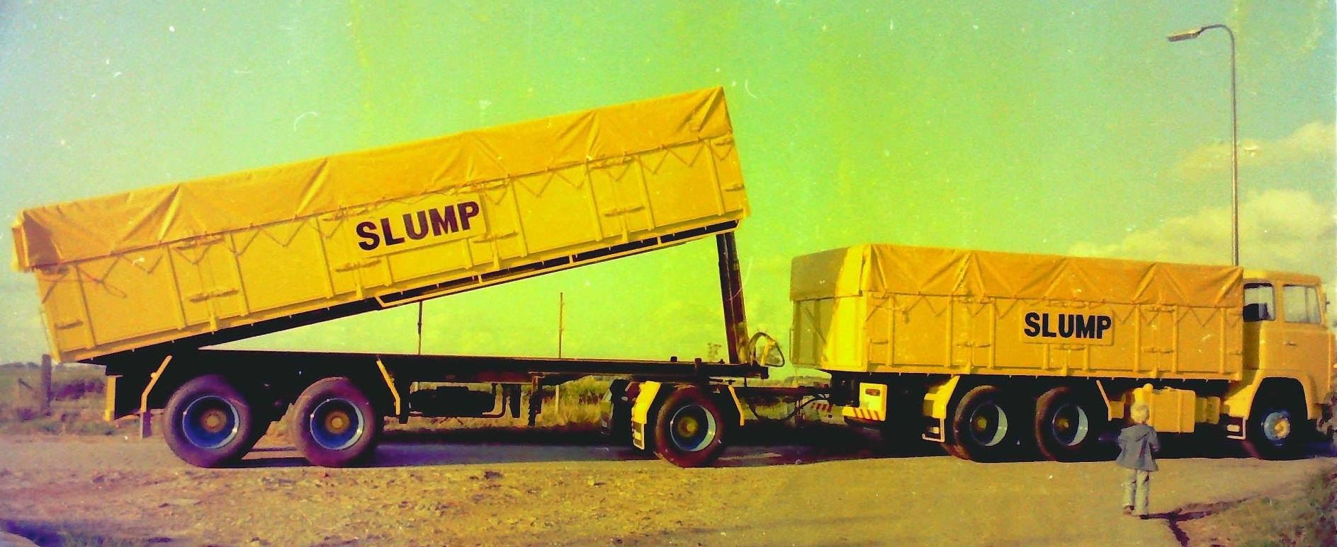 Deze-combinatie-is-gebouwd-door-Rondaan-en-die-reed-ook-voor-Slump-veevoederfabriek-in-Stroobos-1