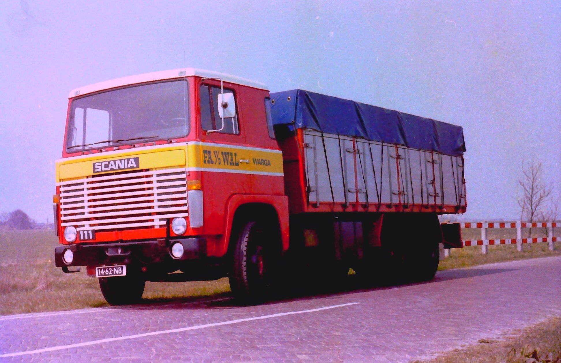 Deze-kipauto-is-gebouwd-door-Rondaan-voor-Van-Der-Wal-uit-Warga-1