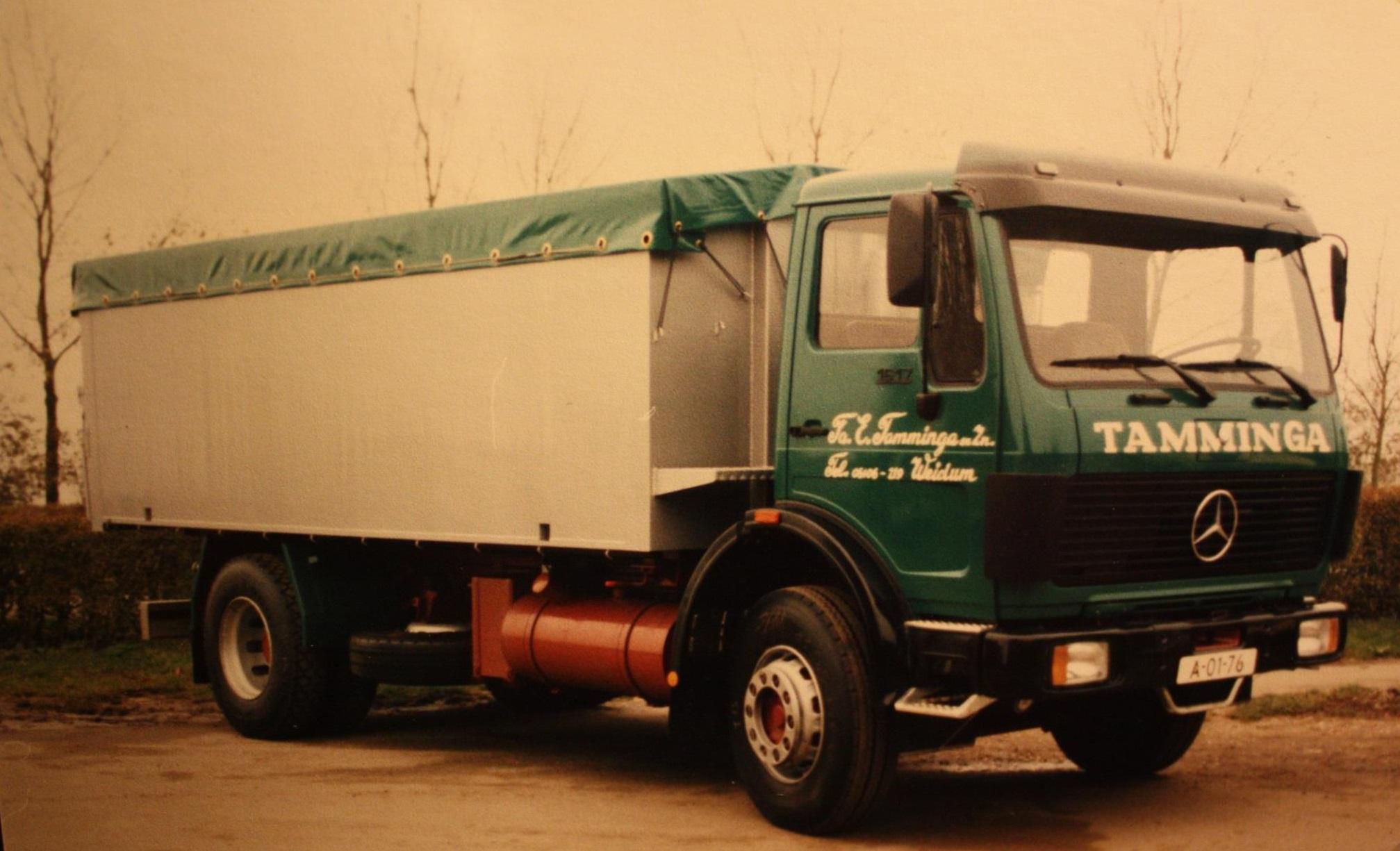 bulkauto-door-Rondaan-gebouwd-voor-Fa--E--Tamminga-en-Zn-uit-Weidum-1