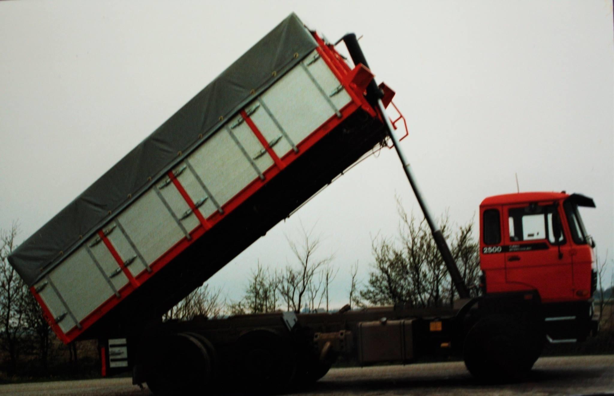 DAF--Bulkauto-door-Rondaan-gebouwd--3