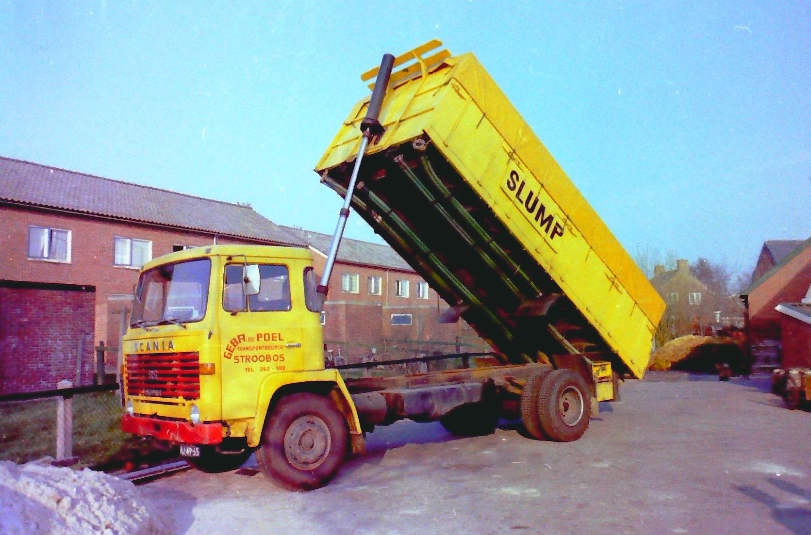 Scania--bulkauto-van-Gebr-de-Poel-uit-Stroobos-die-reed-voor-Slump-veevoederfabriek-te-Stroobos-hij-is-gebouwd-door-Rondaan-toen-nog-te-Beetgum-1