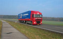 Leo-Gerritsen-archief_Chauffeur-zijn-aller-laatste-wagen-.