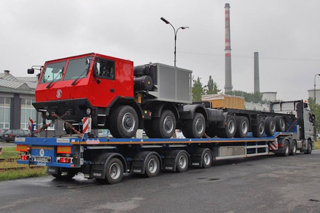 Tatra-92-tonner-20-wielen-en-8-sser