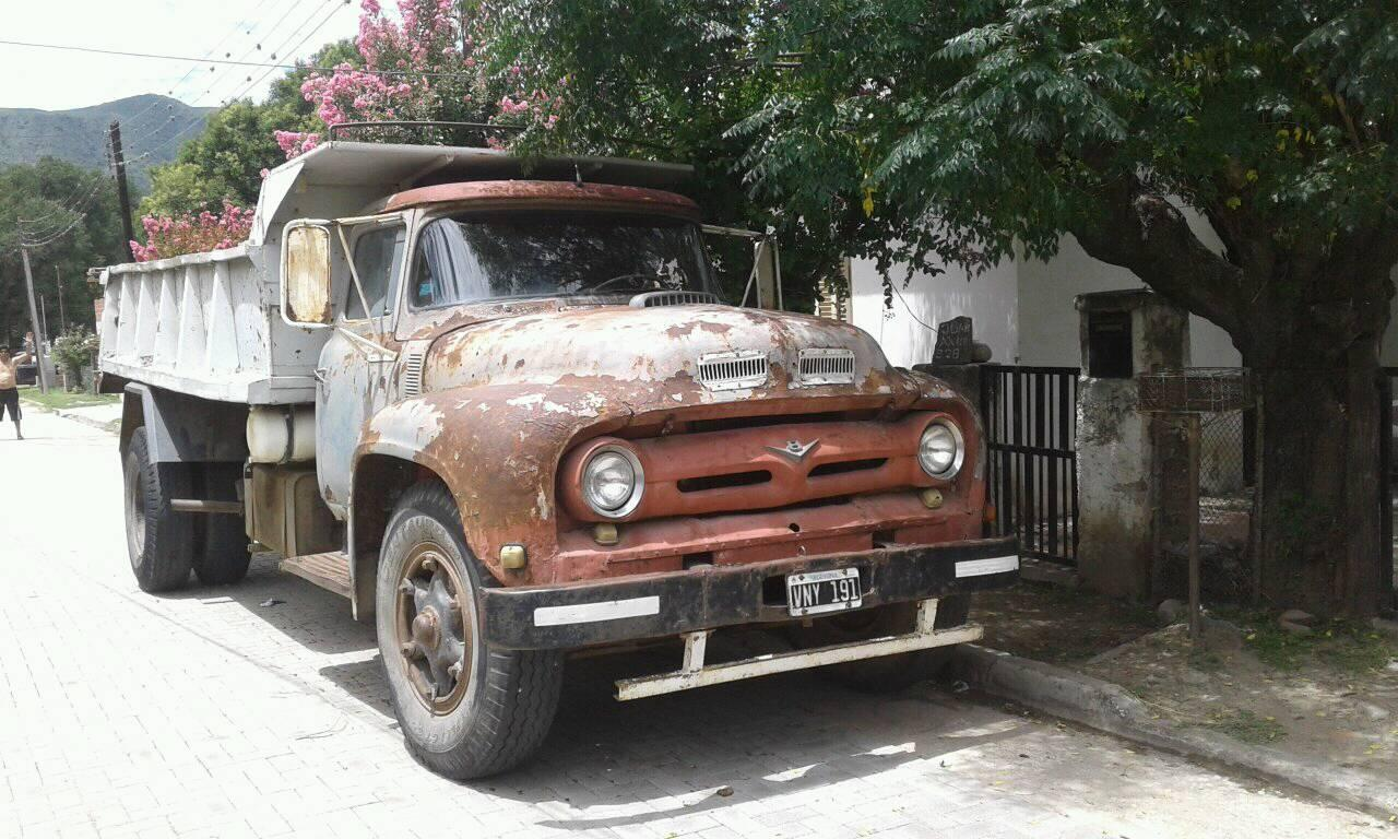 Ford-V8-Petrol