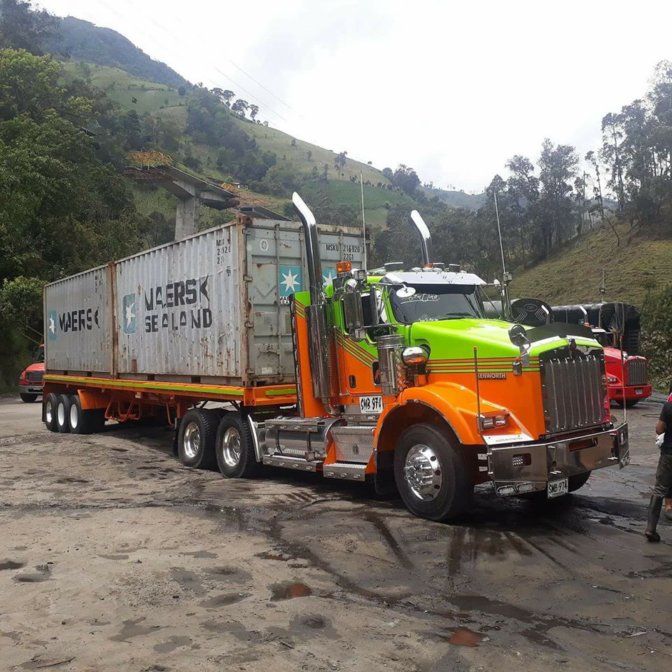 Kenworth---6X4-_Container-transport