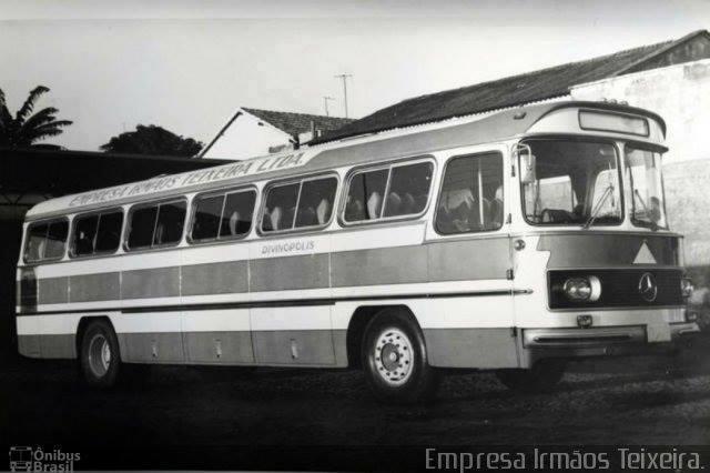 Black-White-39
