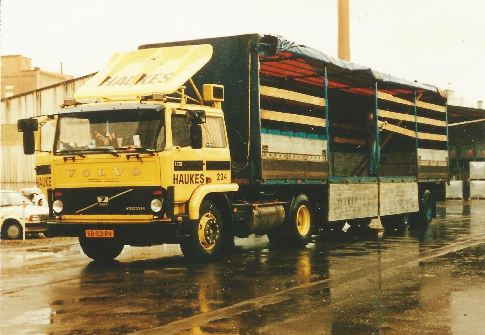 Hans-Megens-1985-Volvo-F7-220-PK-1