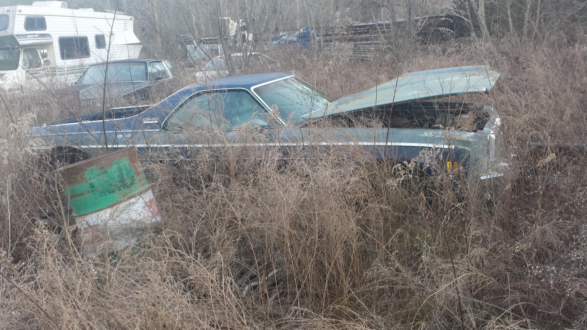 Half-car-half-truck-all-ugly-Newport-Tennesee[1]