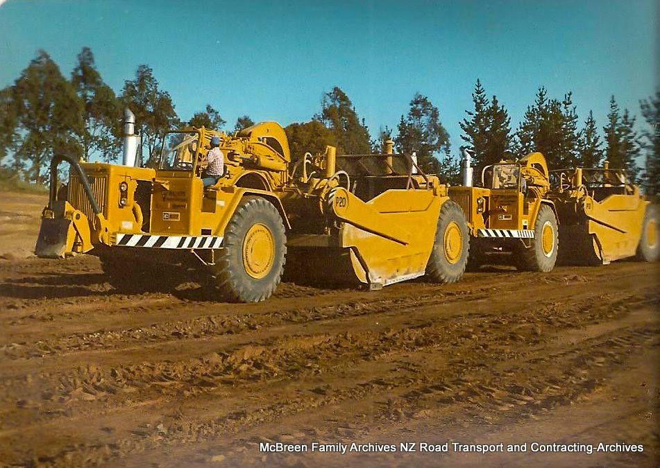 Arrival-of-FA-Willetts-Cat-637s-x-2-on-Lendich-KW-Transporter-to-Dam-site-Kerikeri-1985-3