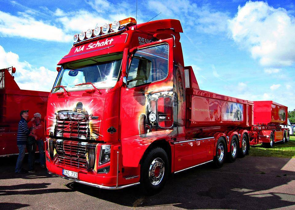 Super-Paint-Truck-2