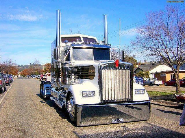 Super-Paint-Truck-43