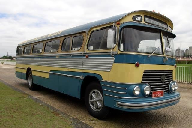 Vintage-Busses-1
