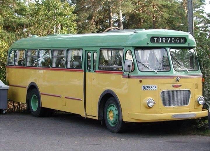 Vintage-Busses-16