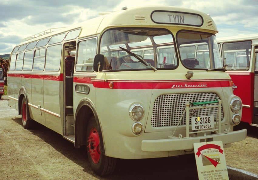 Vintage-Busses-25