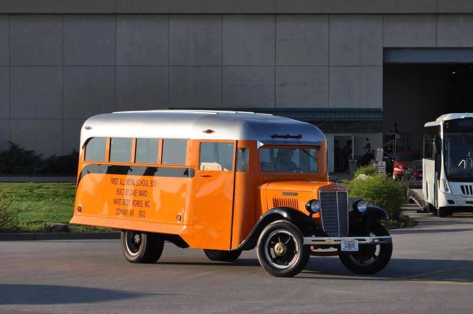 Vintage-Busses-27