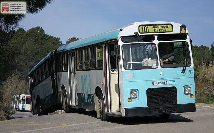 Vintage-Busses-28