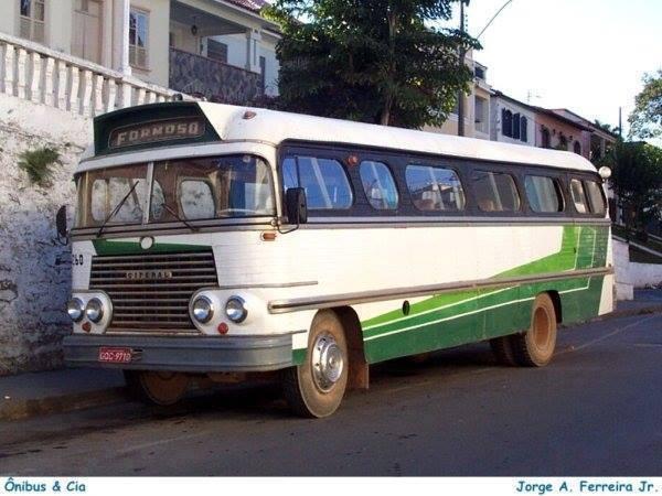 Vintage-Busses-3
