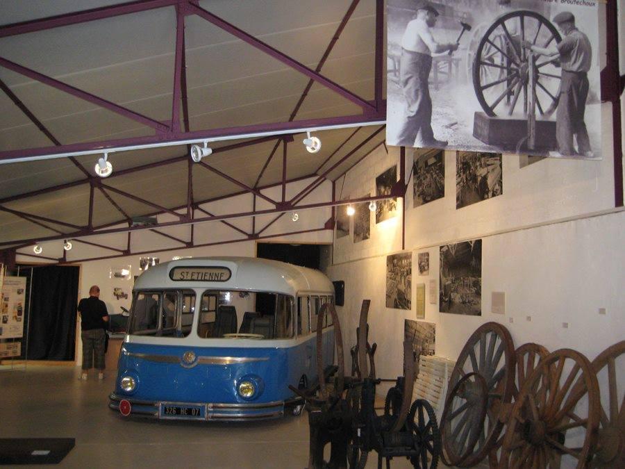 Vintage-Busses-30