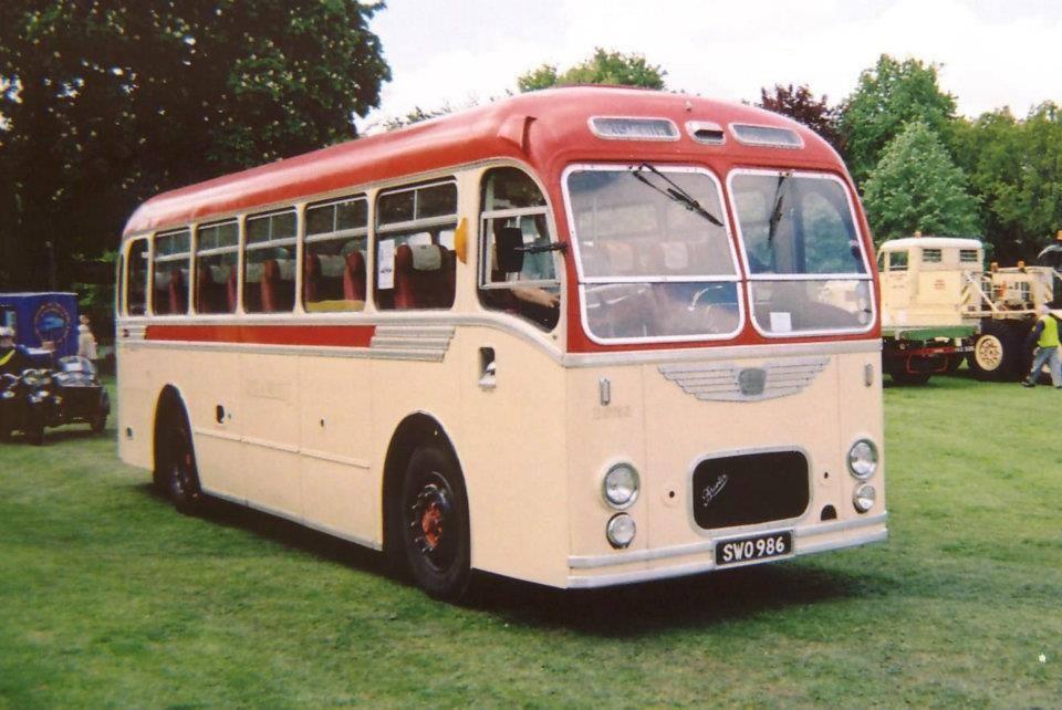Vintage-Busses-34