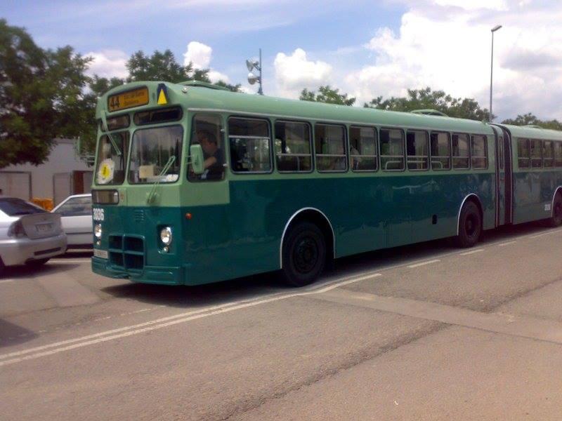 Vintage-Busses-37