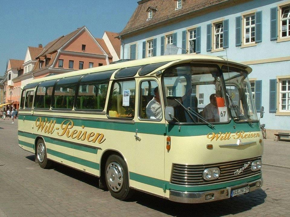 Vintage-Busses-5