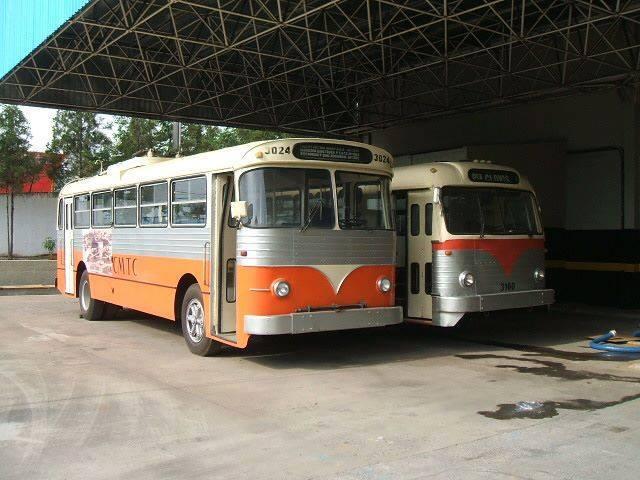 Vintage-Busses-7