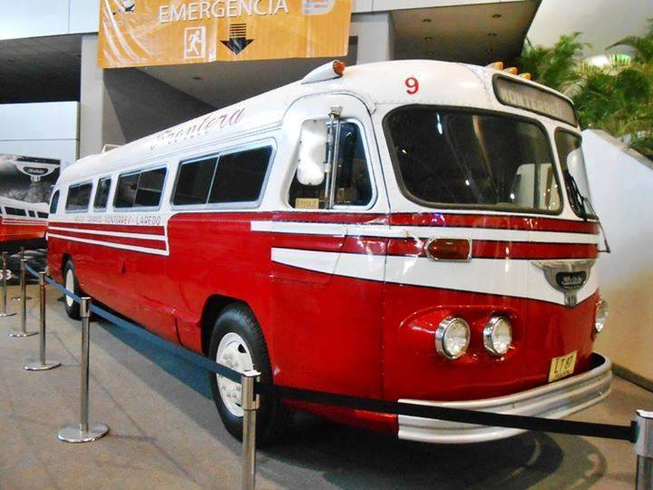 Vintage-Busses-42