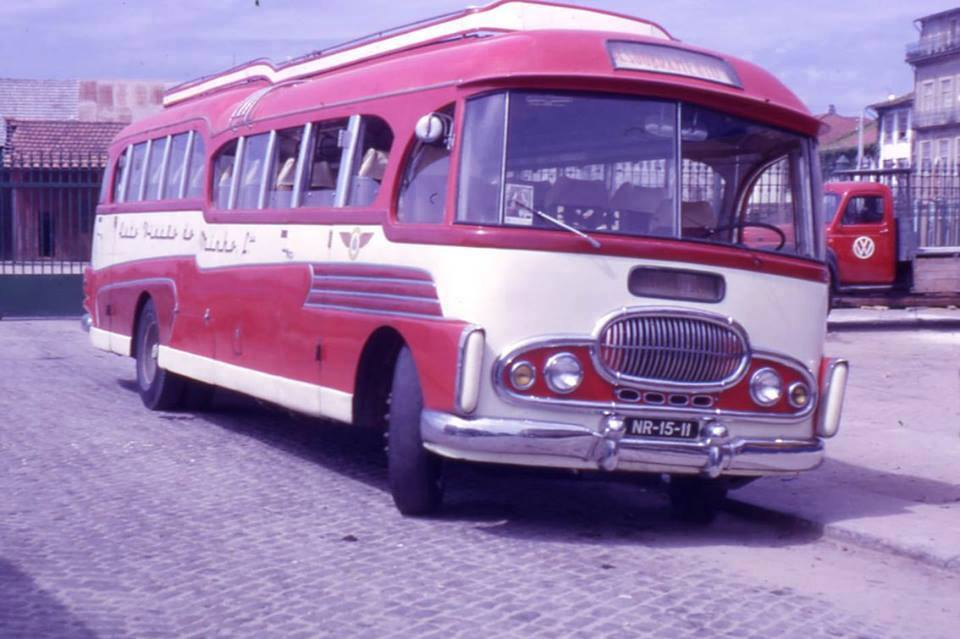 Vintage-Busses-53