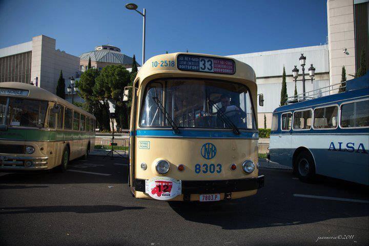 Vintage-Busses-62