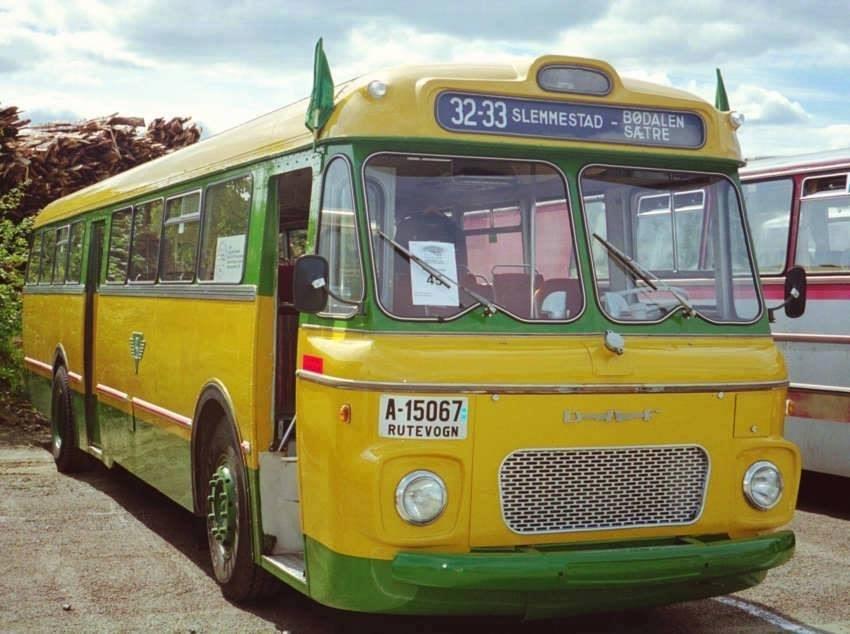 Vintage-Busses-64