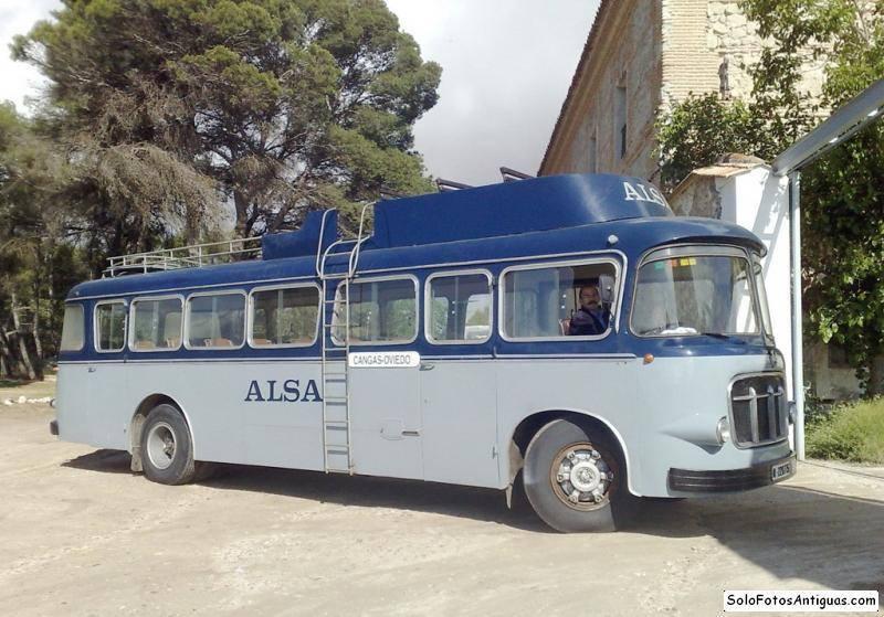 Vintage-Busses-78