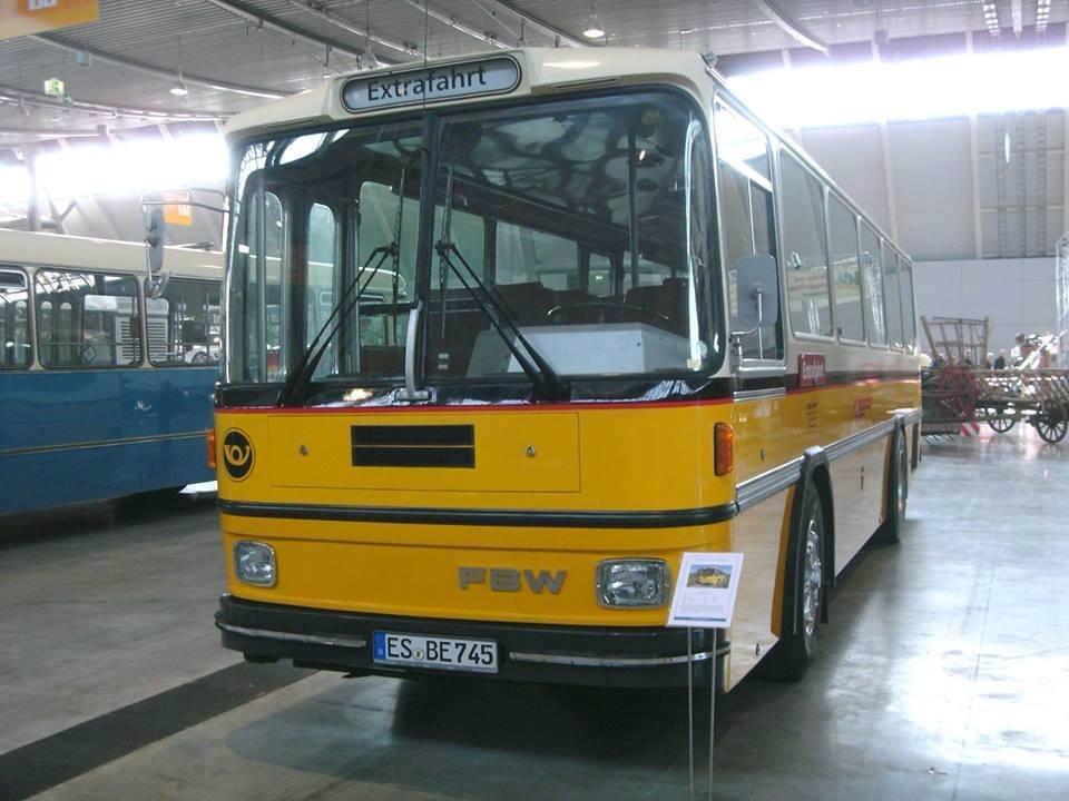Vintage-Busses-79